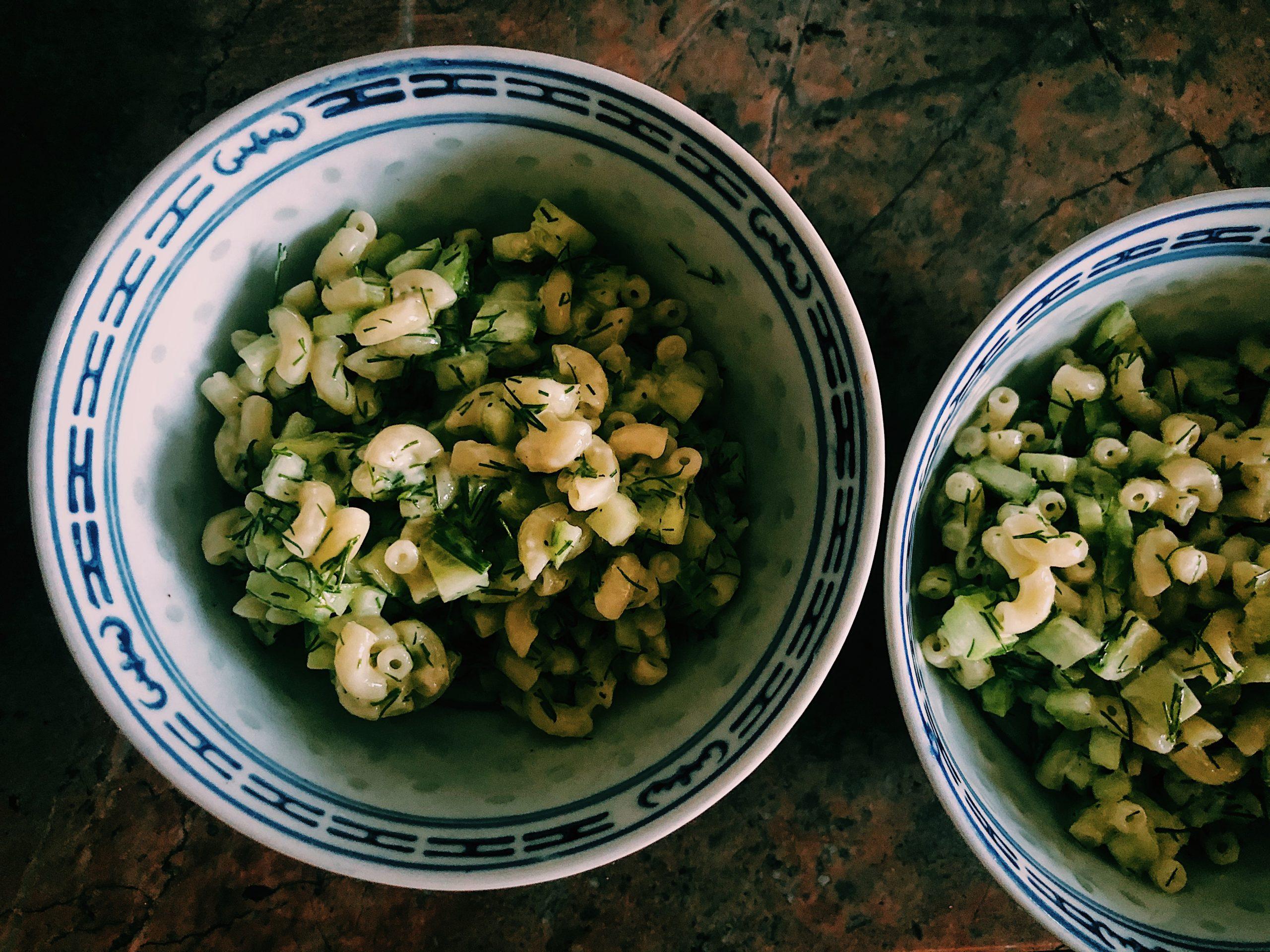 Proste sałatki na impreze -Sałatka ogórkowa prosta i szybka