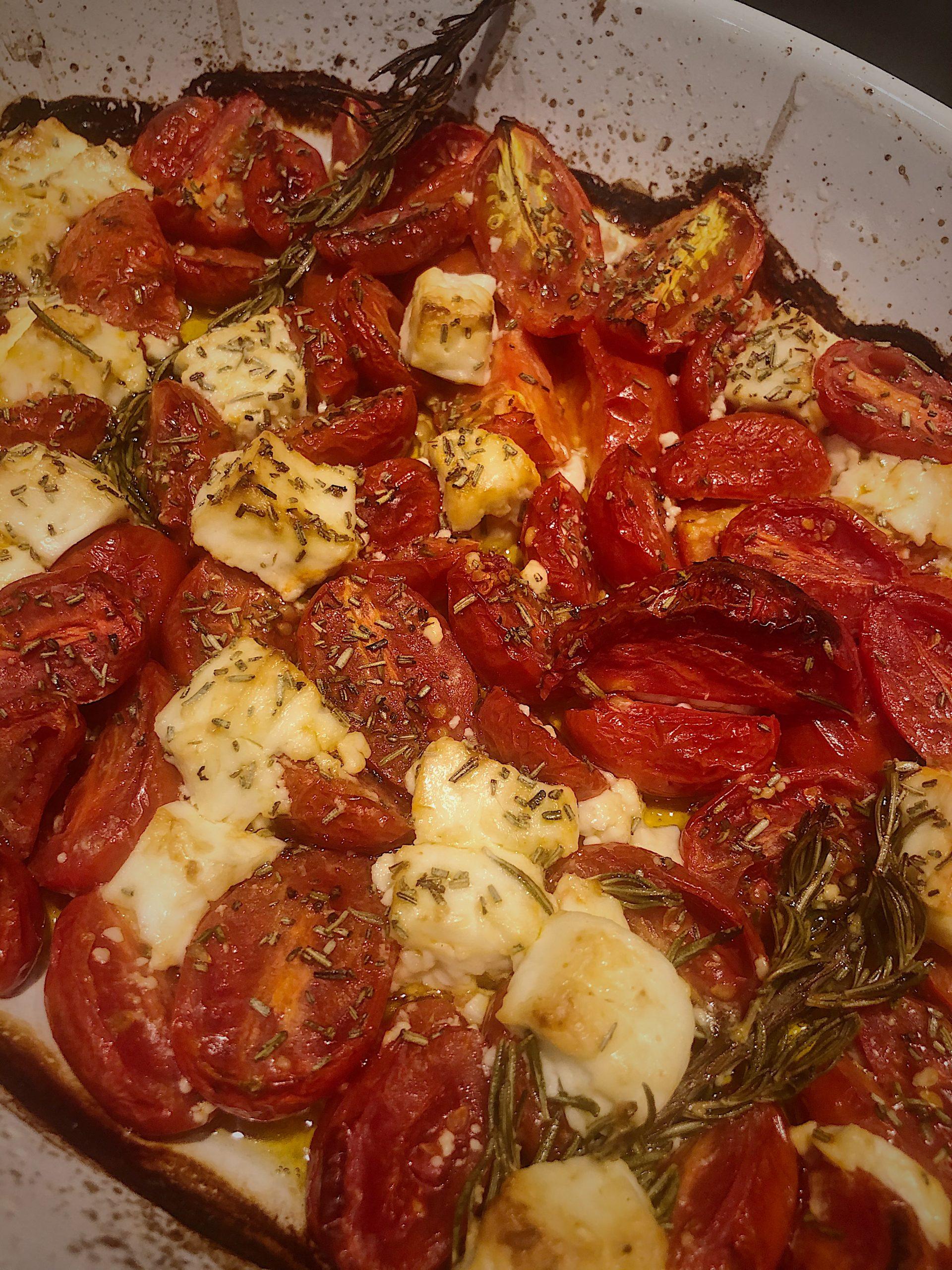 Włoski przepis na pomidory z serem feta