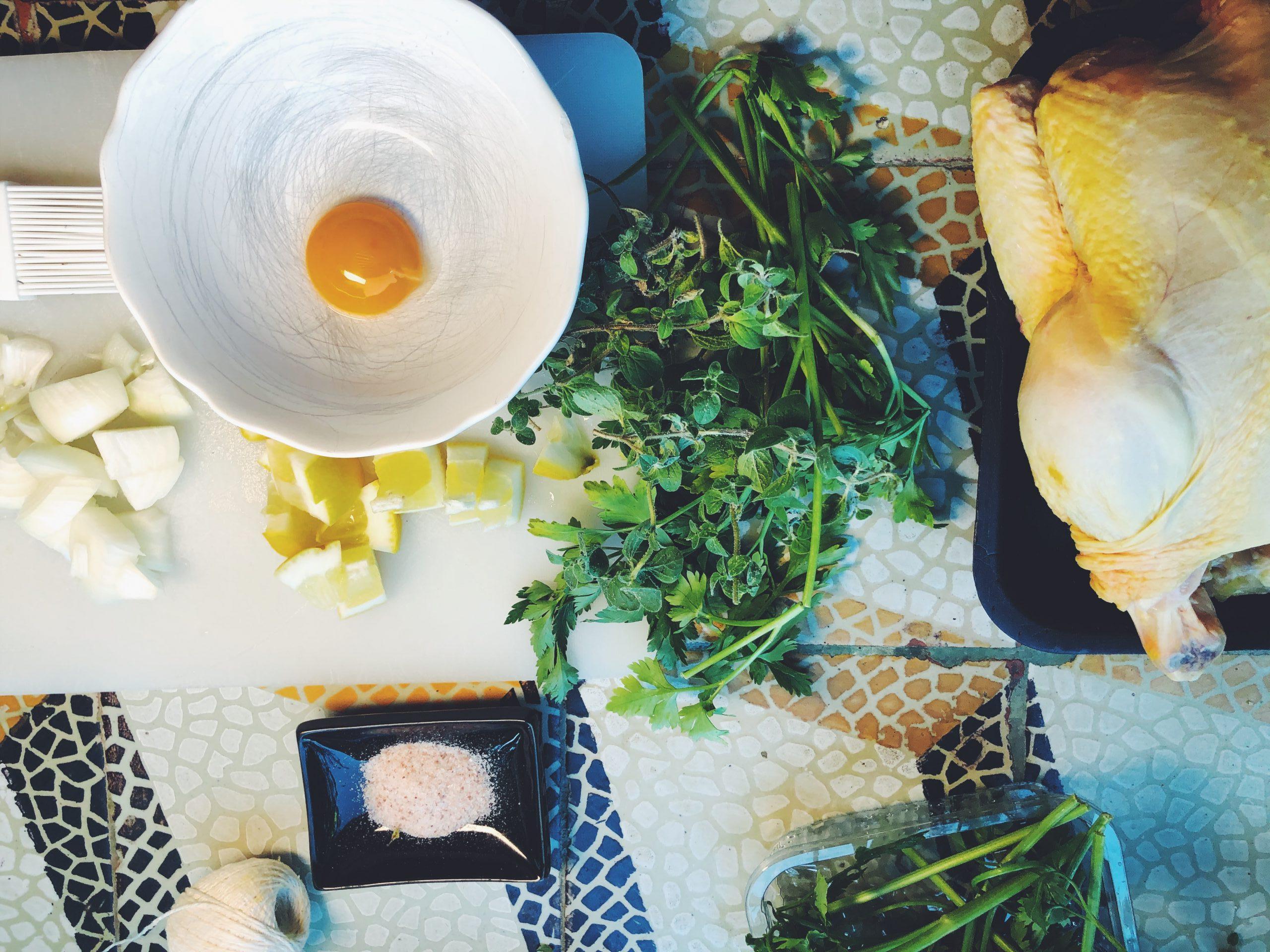 Kurczak pieczony w całości - przygotuj sobie wszystkie składniki